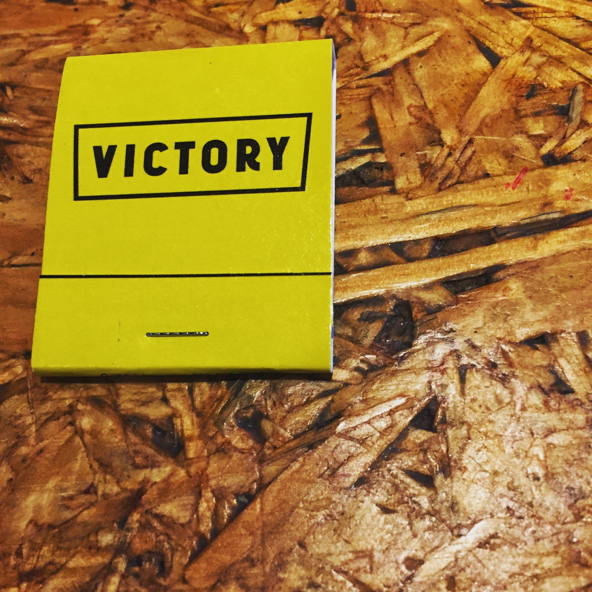 V is for Victory: Small sambos and boozy slushies.